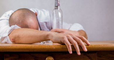 9 Tips to Quit Alcohol